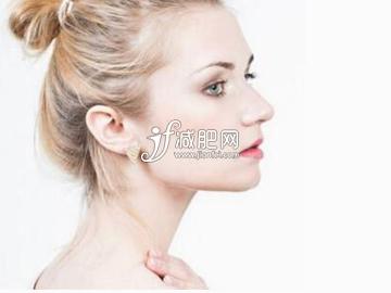 怎么样快速瘦脖子 4个动作打造天鹅颈
